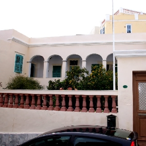 Detached neoclassical house in Ermoupoli