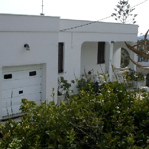 Detached house in Megas Gialos
