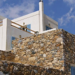 Detached stone house at Agios Dimitrios