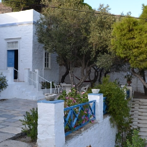 Traditional Cycladic detached house at Manna